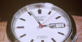 Seiko 5 SNK789 Review: Is there a better value for an automatic dress watch?